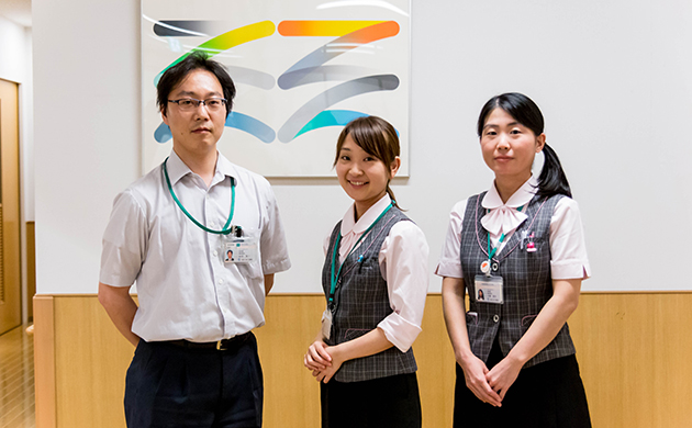 about_staff_img02_0649_l