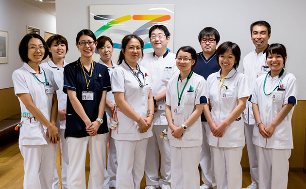 about_staff_img01_0667_l